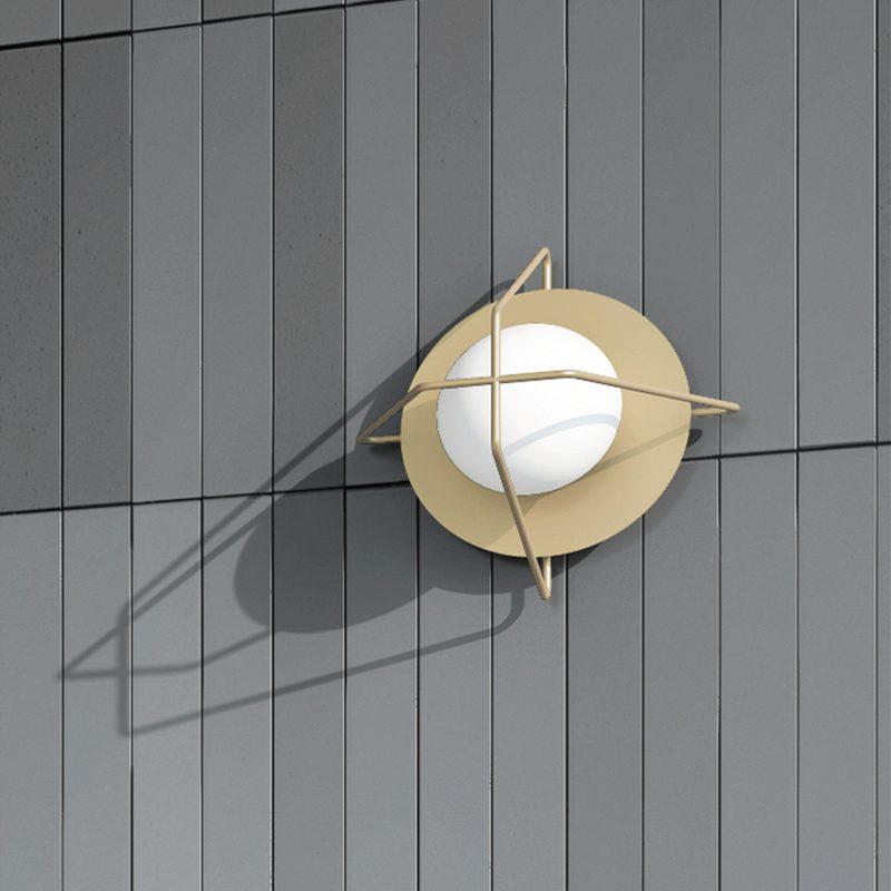 Cosmonaut Wall Lamp - MUMOON