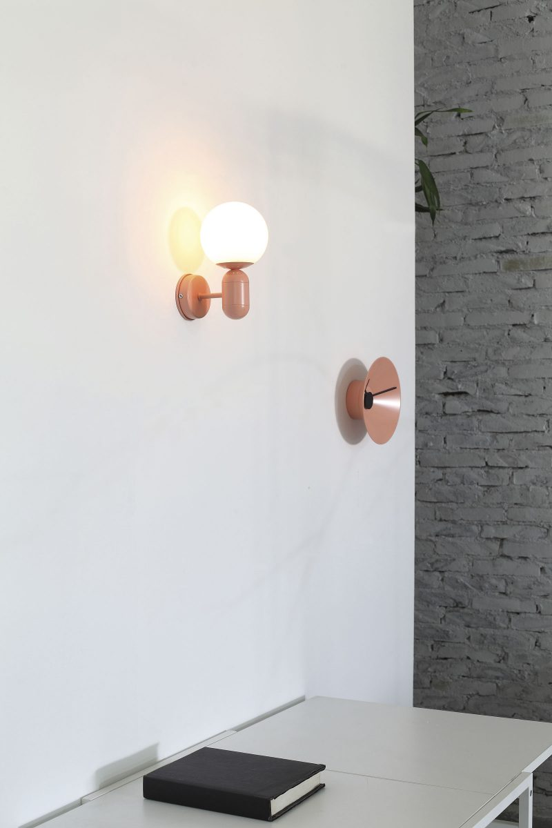 wall lamp-glob-mumoon