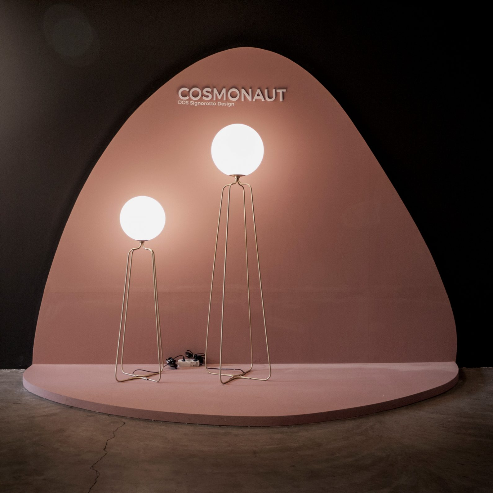 comonaut lamp-mumoon